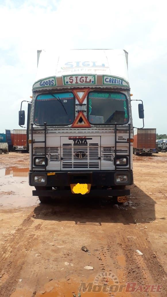 Tata LPK 3118 TC  (FBV / BOX) BS-3
