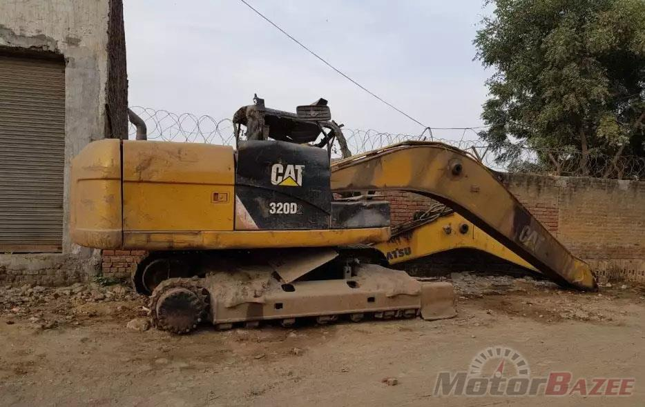 Used Caterpillar  320D Base Truck