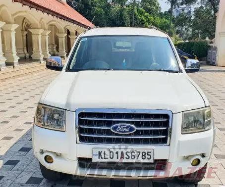 Used Ford  Endeavour 4x2 XLT Truck
